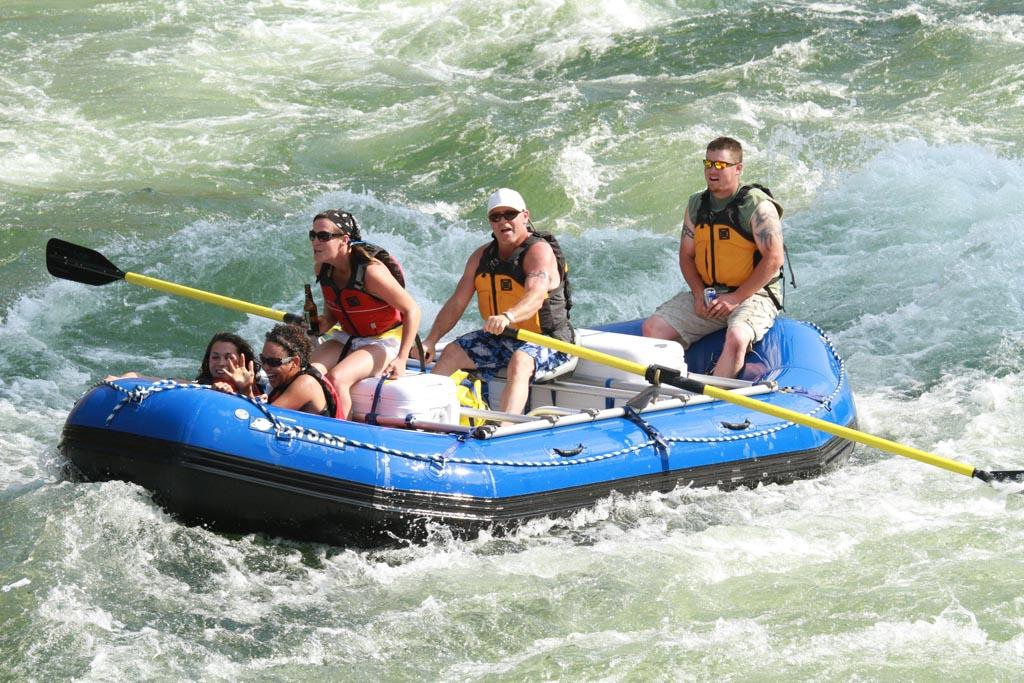 16' Saturn Whitewater Raft. 16' Raft